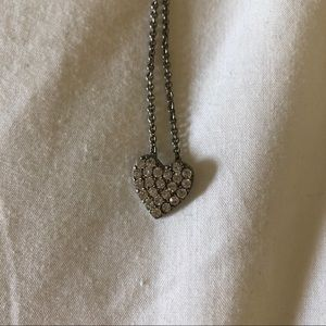 NWOT Heart Necklace